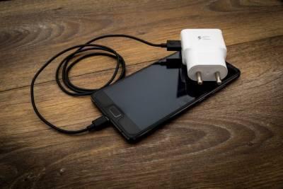 Эксперты раскрыли правила быстрой зарядки смартфона
