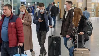 Прибывшие из Москвы петербуржцы пожаловались на пробку в Пулково