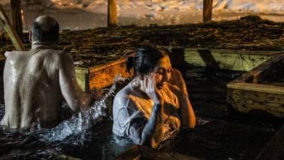 Власти Подмосковья ограничат число людей в палатках для обогрева на Крещение