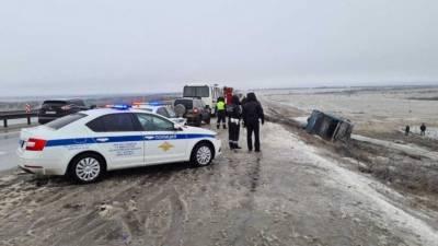 Видео с места смертельного ДТП с автобусом в Ростовской области
