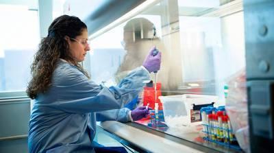 Американские ученые открыли два новых штамма COVID-19
