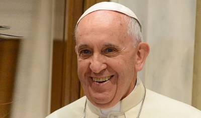 Папа римский Франциск сделал прививку от коронавируса