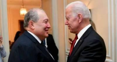 """Пашинян ждет нового президента США: политтехнолог об """"иллюзиях"""" премьера по Карабаху"""