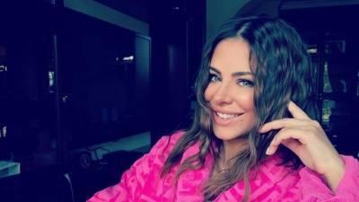 «Ани Лорак резко поседела»: певица показала поклонникам неожиданный образ