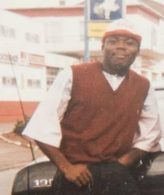 €10 000 за поимку экстремиста: полиция разыскивает убийцу африканца