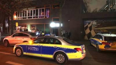 Полицейская облава в Гамбурге: в кальян-баре без вытяжки проходила нелегальная вечеринка