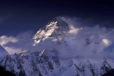 Испанский альпинист погиб при восхождении на пик Чогори