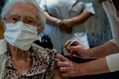 В Норвегии усомнились в безопасности вакцины Pfizer для пожилых людей
