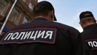 Мужчина с седыми усами без вести пропал под Петербургом
