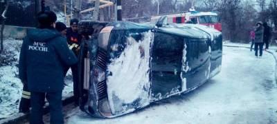 Крымчане негодуют: Власти полуострова не справились со снегопадом