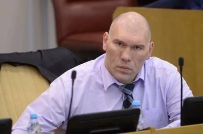 Валуев рекомендовал не окунаться в прорубь россиянам с ослабленным иммунитетом