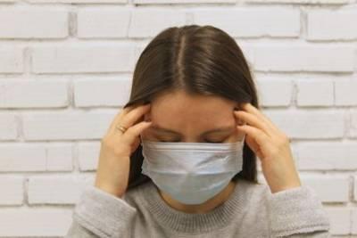 Врач рассказал о частом симптоме COVID-19, появившемся и у здоровых людей