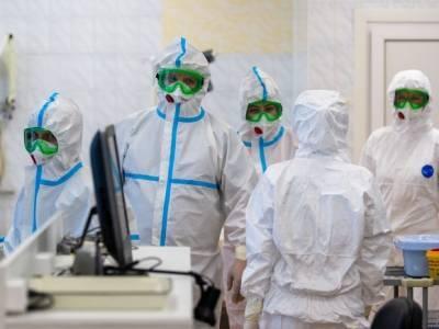 Петербург обошел все регионы по числу заболевших COVID-19 за сутки