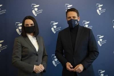Тропами Навального: Тихановская просит помощи у Европы для возвращения в Минск