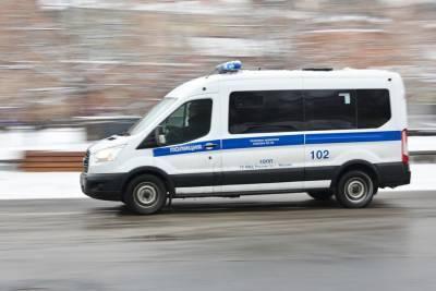 В машине в центре Москвы обнаружили тело мужчины
