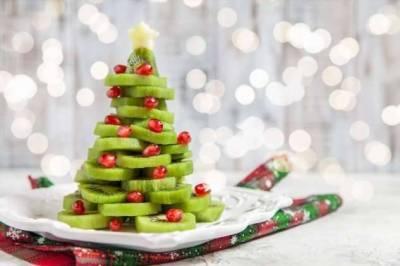 Как подать фрукты к новогоднему столу? В виде елки, конечно! Лайфхак от Раисы Алибековой