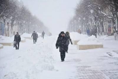 Потепление несет в Смоленскую область снег, метель и скользкие дороги