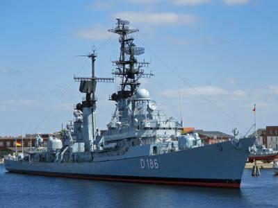ВМС США отправили в Чёрное море эсминец «Дональд Кук»