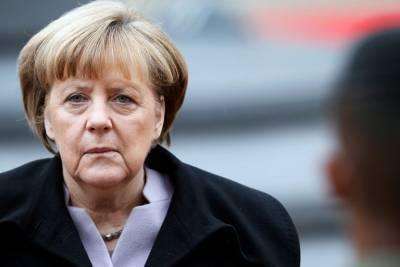 Ангела Меркель потребовала освободить Навального
