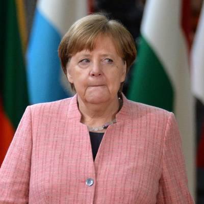 """Меркель высказалась против санкций США относительно """"Северного потока-2"""""""