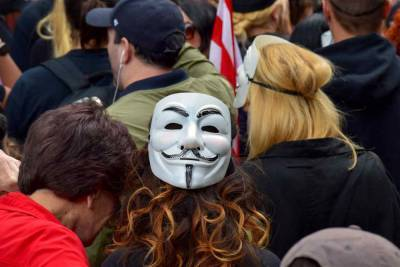 США уличили в причастности к организации митингов в России