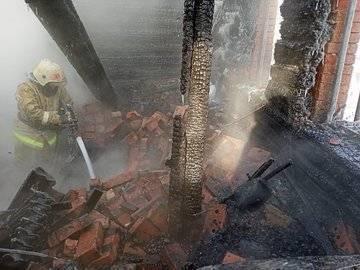В Башкирии на пепелище нашли обгоревшее тело 60-летнего мужчины