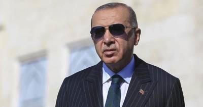 Эрдоган связался с судном, захваченным пиратами в Гвинейском заливе