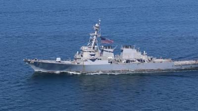 У Украины в Черном море эсминец ВМС США провел совместные учения с авиацией НАТО