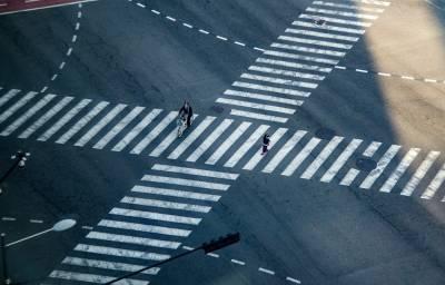Жители Петербурга просят нормальные переходы вместо «креветки» и «краба»