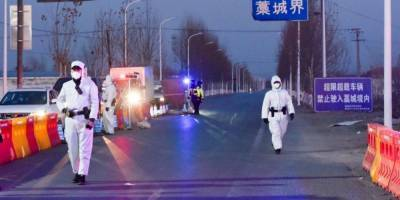 В Китае выявили крупный очаг нового штамма коронавируса. Его, возможно, завезли из Европы