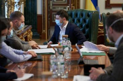 Будет все по плану: Зеленский провел большое совещание из-за локдауна