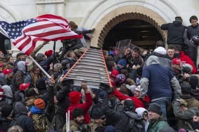 Карнаухов назвал штурм Капитолия моделью радикализации протеста в РФ