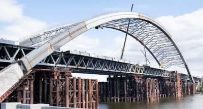 Один из самых дорогих мостов в истории: на строительстве Подольского моста выявили хищения на 150 млн грн