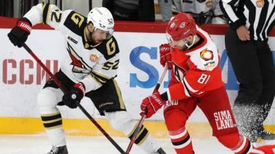 Дубль Брюквина принёс «Авангарду» победу над «Автомобилистом» в КХЛ