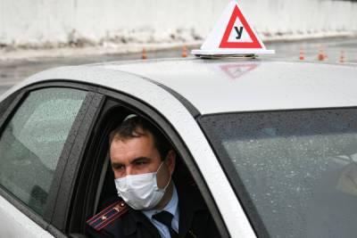Автоюрист предложил врачам сообщать о наркологическом учёте граждан в ГИБДД