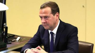 Медведев находится на грани отчаяния из-за своего положения – эксперт