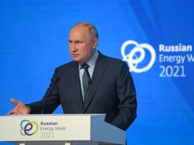 Путин ответил на неподготовленные вопросы, чем простимулировал интернет-сатириков