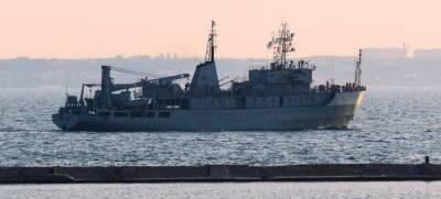 Позор ВМСУ: Прошедший ремонт корабль потерял ход, экипаж...