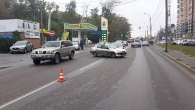 На улице Вересаева в Ростове-на-Дону столкнулись две машины