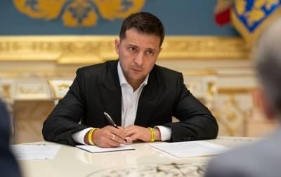 Зеленский посмертно присвоил звание Героя Украины двоим военным