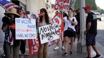 В США возникло движение, помогающее отказаться от вакцинации по религиозным соображениям