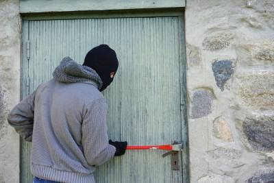 Житель Иволгинского района Бурятии обворовал пять сиротских домов
