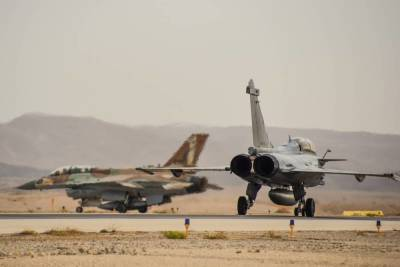 Гражданские лайнеры помешали ПВО Сирии отразить атаку израильской авиации