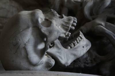 Два туриста случайно наткнулись на останки человеческого тела возрастом 5300 лет (Фото)