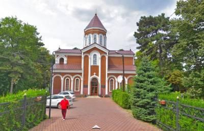 В Ростове-на-Дону Армянская церковь не смогла отсудить в суде у Минобороны воинскую часть