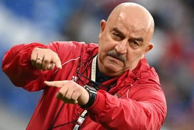 Черчесов дал совет Карпину после отказа Дзюбы играть за сборную России