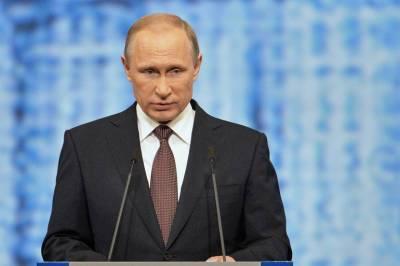 Сегодня Путин обсудит с Кабмином введение нерабочих дней в России
