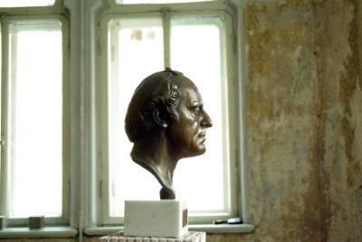 QR-код даст возможность петербуржцам попасть бесплатно в музей Бродского