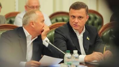 Политолог назвал возможного преемника Кравчука в ТКГ по Донбассу
