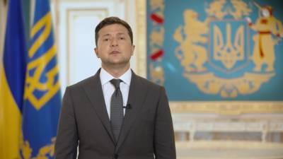 Зеленский запретил показывать фильм о своих офшорных счетах за 5 часов до премьеры в Киеве